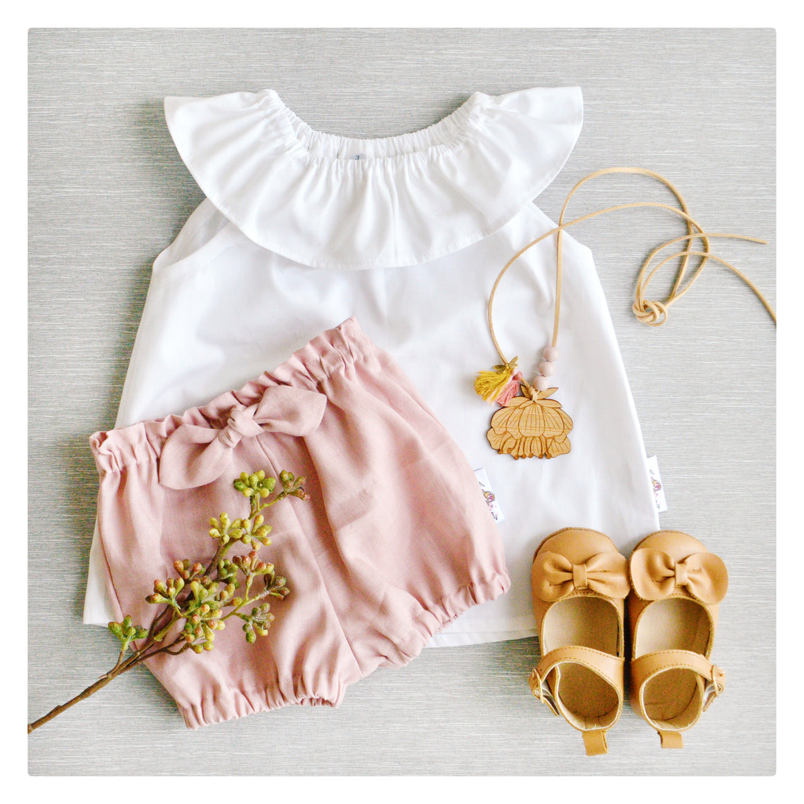 White Ruffle Blouse + Bowknot Blush Shorties {THE COMPLETE OUTFIT}