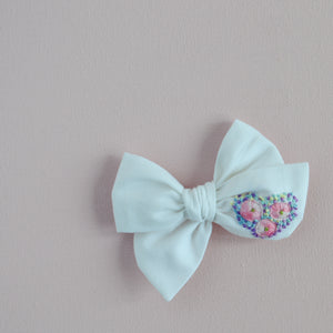 Pinwheel Hand Embroidered Bow - In The Light