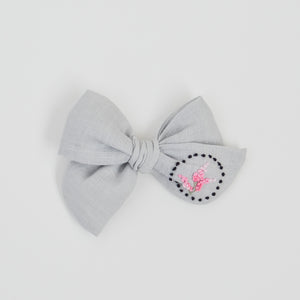 Hand Embroidered Pinwheel Bow - Little Black wreath