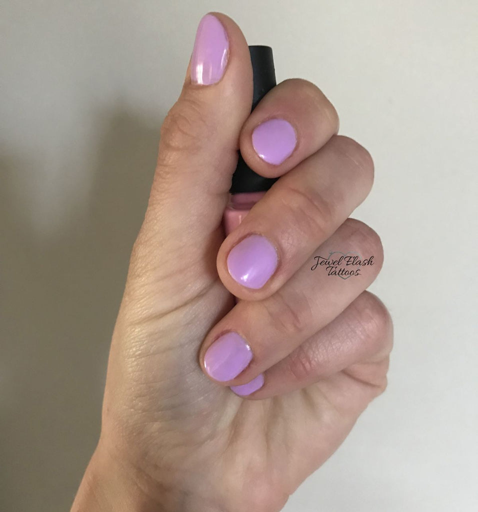How to Get Salon Gel Nails at Home: Detailed Guide with Photos