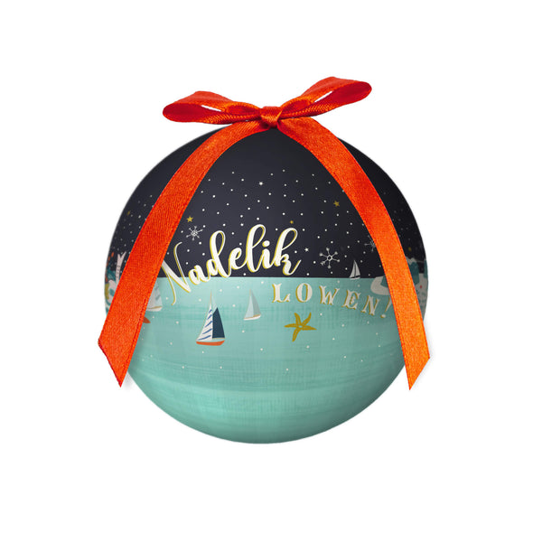 Nadelik Lowen Christmas Bauble