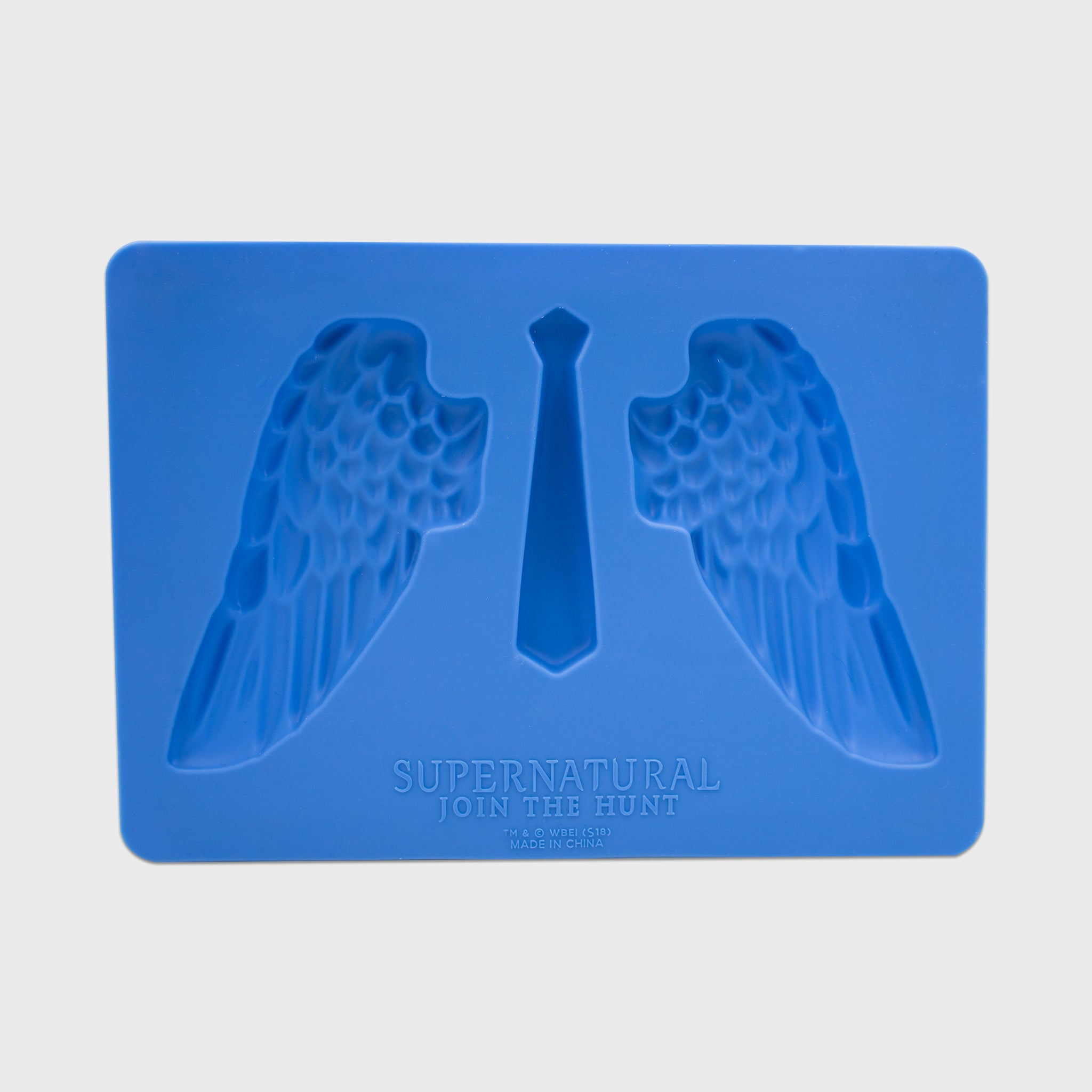 supernatural box dean winchester sam winchester castiel collectible exclusive fans spn spnfamily silicone ice mold angel wings kitchenware