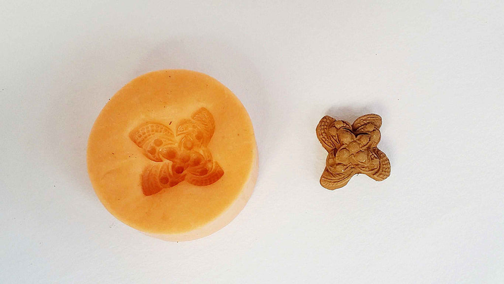 Floral stud mould - Claysphere