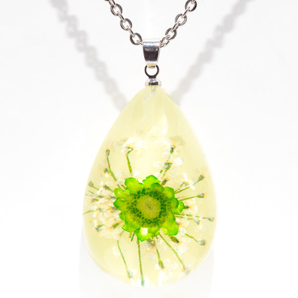 Orb Bea Necklace Green