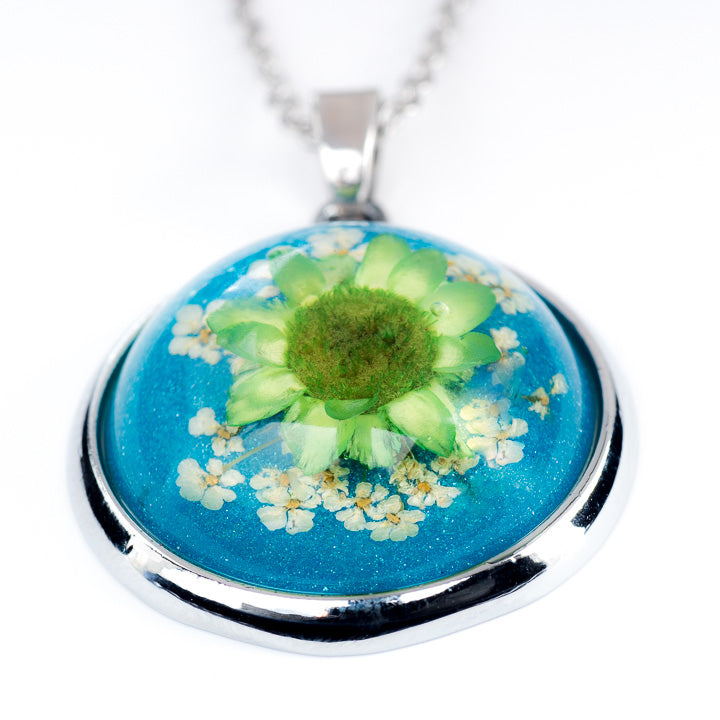 Orb Necklace Green-Blue Daisy