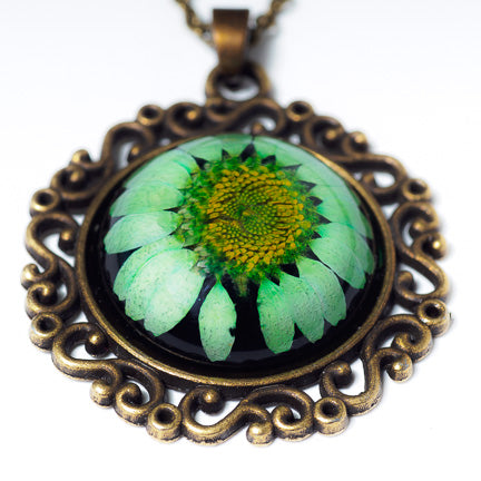 Classic Orb Necklace Green
