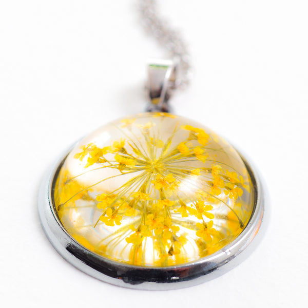 Orb Necklace yellow