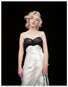 MILTON GREENE: THE ESSENTIAL MARILYN MONROE WITH 'MARILYN IN NEGLIGEE'