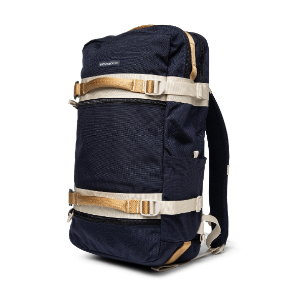 nautical wander pack with four handles for training