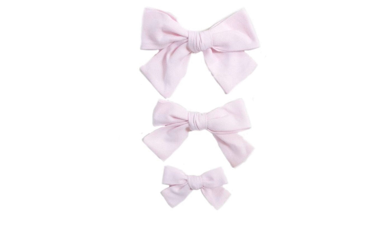 Hand Tied Hairbow  - Solid Pink