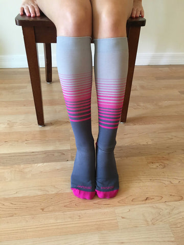 how-to-put-on-compression-socks-step-5