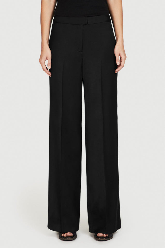 Slouch Trouser in Black