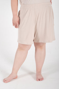 Ribbed Shorts In Beige