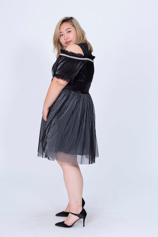 Off Shoulder Tulle Dress In Black