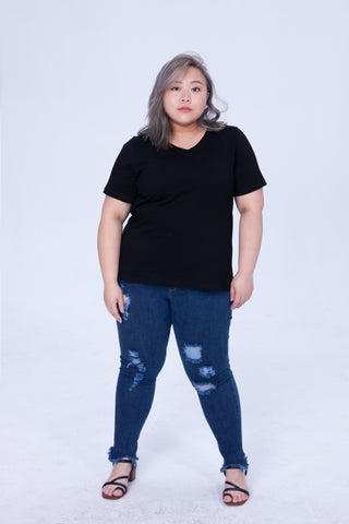 Bacis V-neck T-Shirt In Black