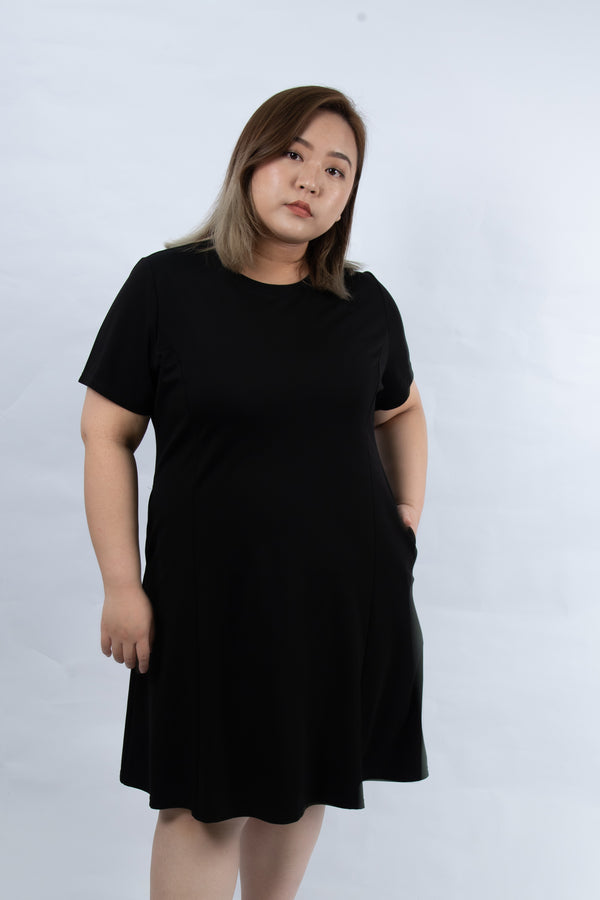 Round Neck Dress In Black