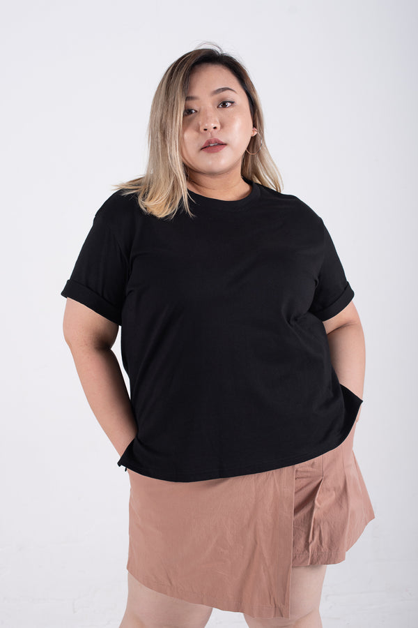 Round Neck Roll Sleeves T-Shirt In Black