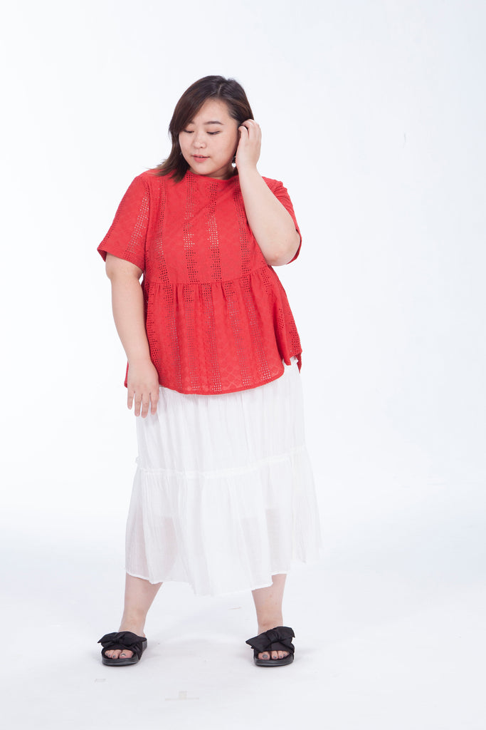 Broderie Top In Red
