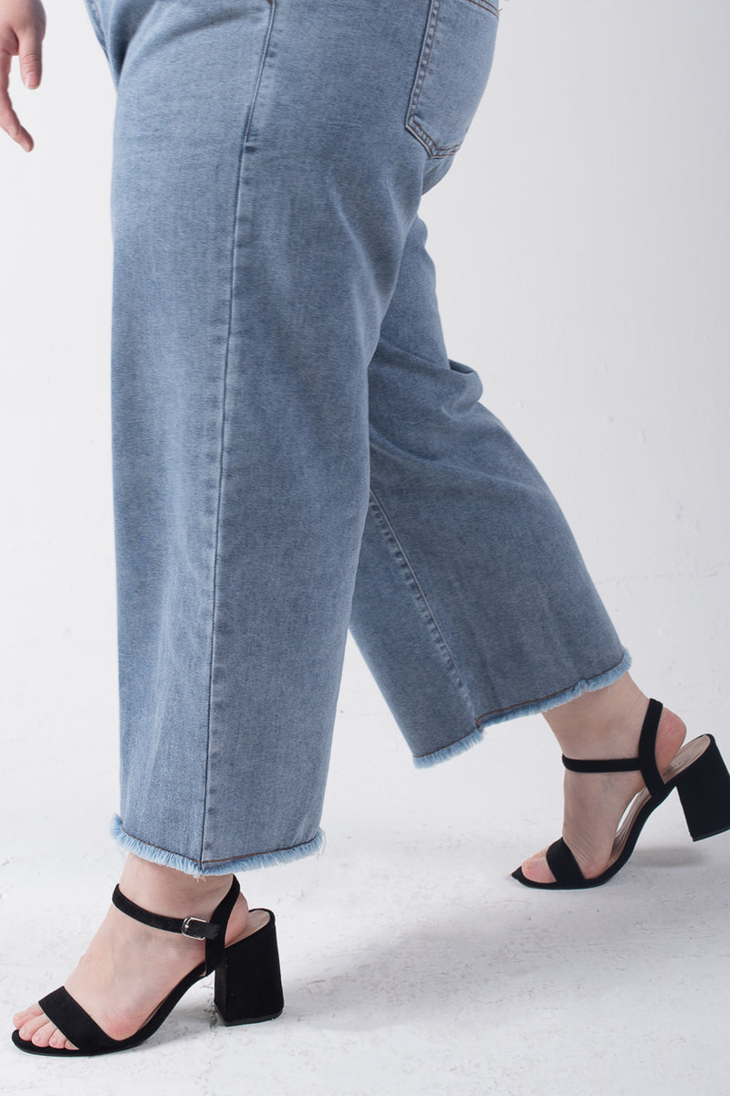 Straight Leg Jeans In Mid Blue