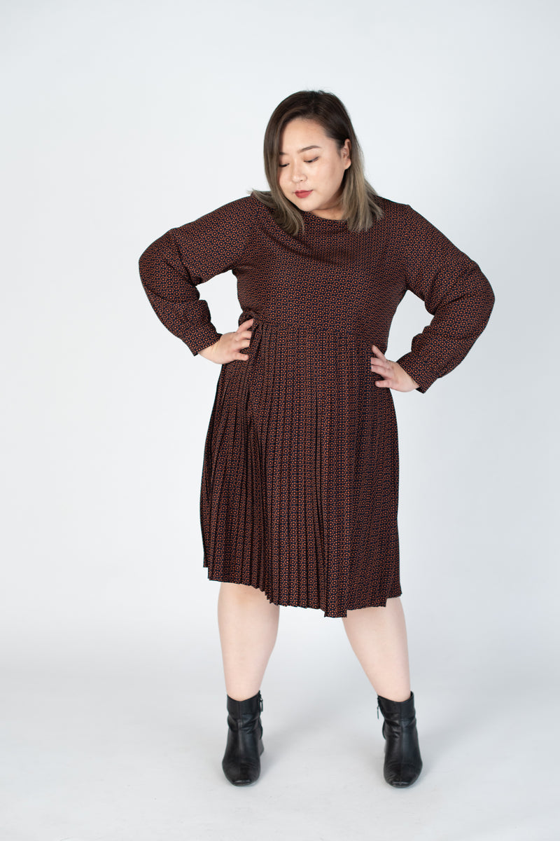 Floral Pleated Dress In Brown