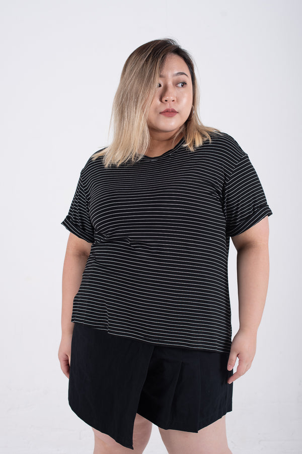 Round Neck Roll Sleeves T-Shirt In Striped Print