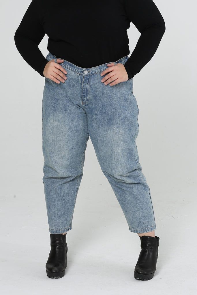 High Waist Straight Leg Jeans In Mid Wash