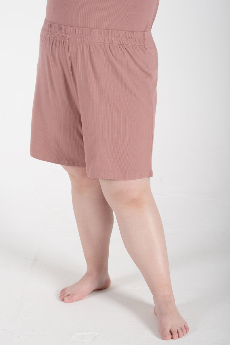Ribbed Shorts In Dusty Pink