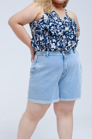 Denim Shorts In Light Blue