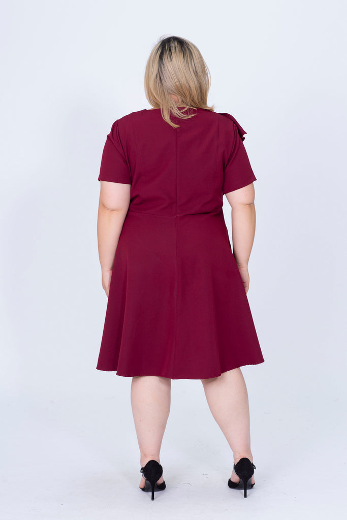 V-Neck Dress In Red With Ruffle Detail