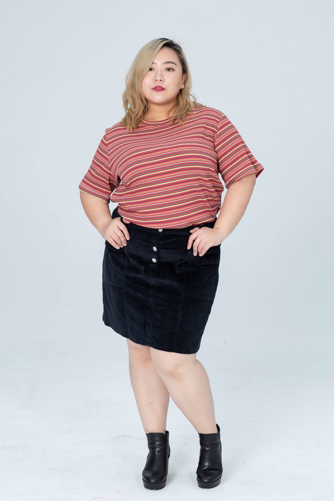 Cord Button Skirt In Black