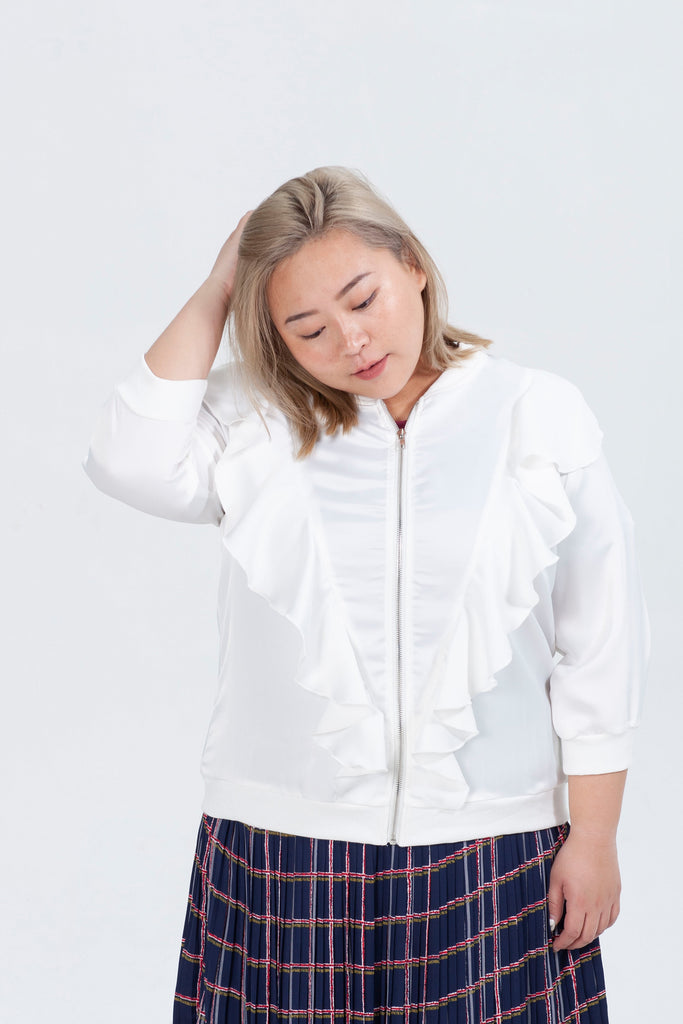 Ruffle Details Jacket In White