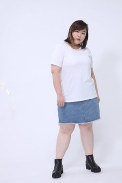 Basic Round Neck White T-Shirt