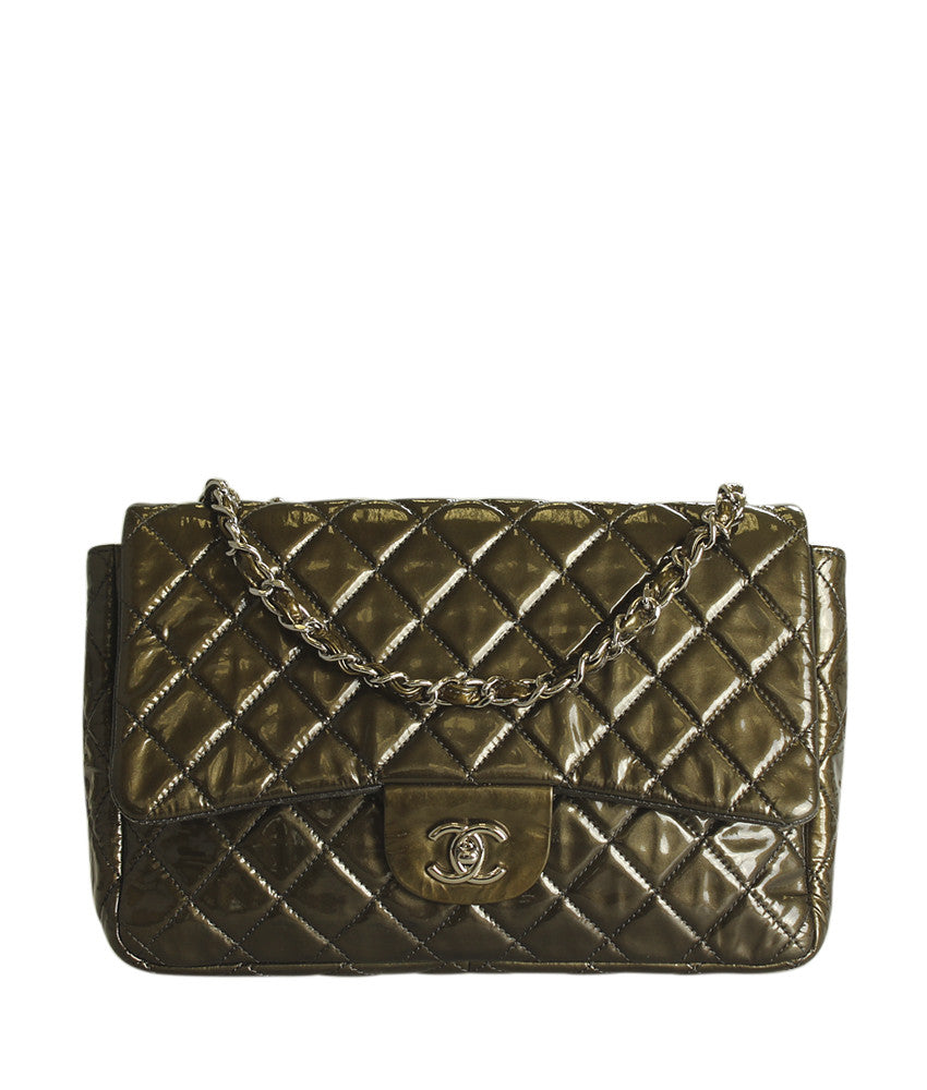 Chanel Jumbo Single Flap Green Quilted Patent Leather Shoulder Bag