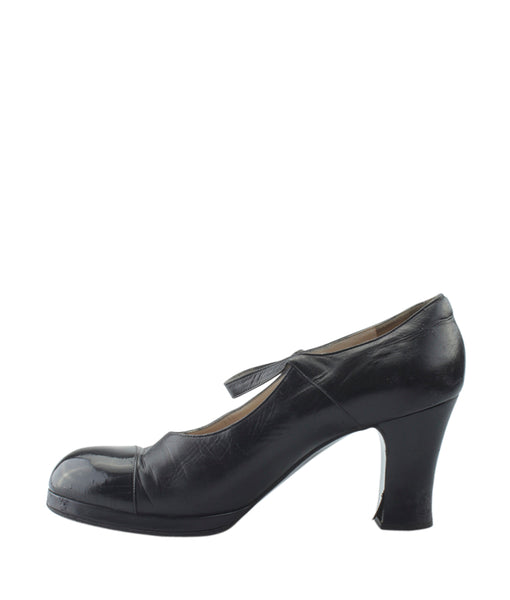 2733f605716f ... Chanel Black Leather Mary Jane Pumps