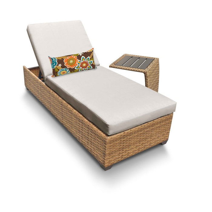 Laguna Chaise Outdoor Wicker Patio Furniture With Side Table