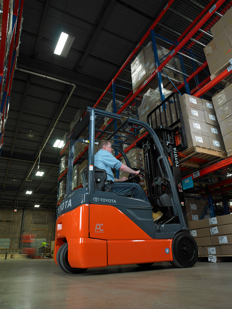 Big job to tackle but short on manpower? Rent a forklift