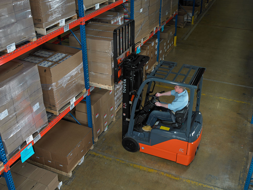 Why Forklifts are the Right Option for Safe Lifting
