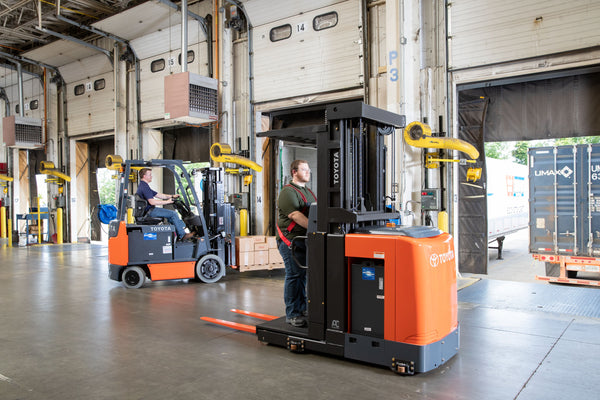 Purchasing a Lift Truck: New or Used?