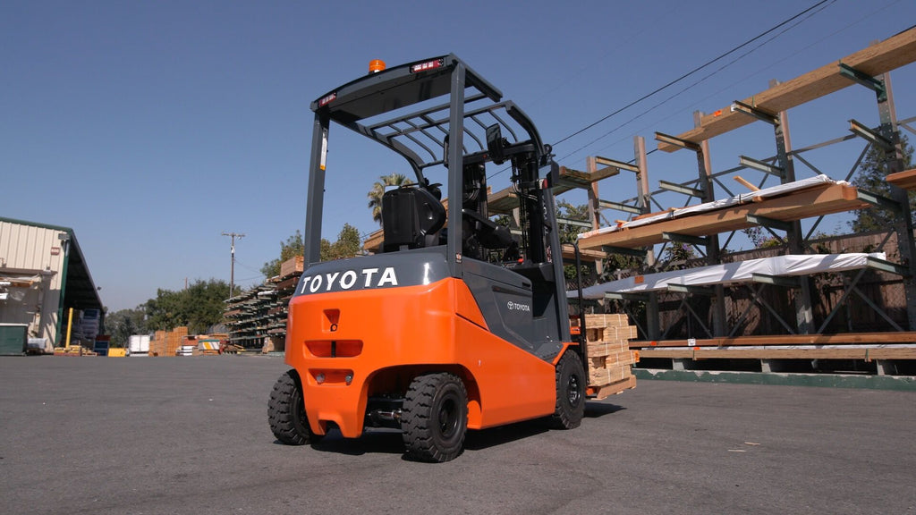 First-Time Buyer? The Benefits of Purchasing a Used Model Forklift