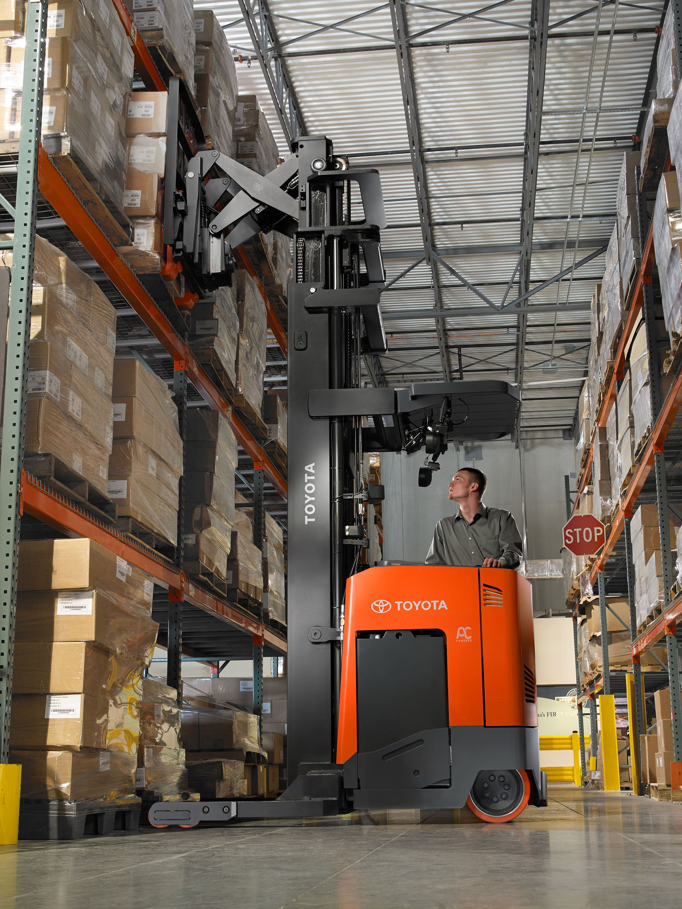 Need a Reach Truck? Consider These Options!