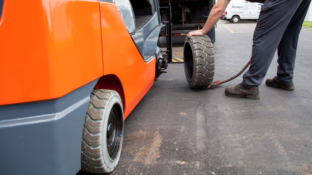 All about Replacing Forklift Tires