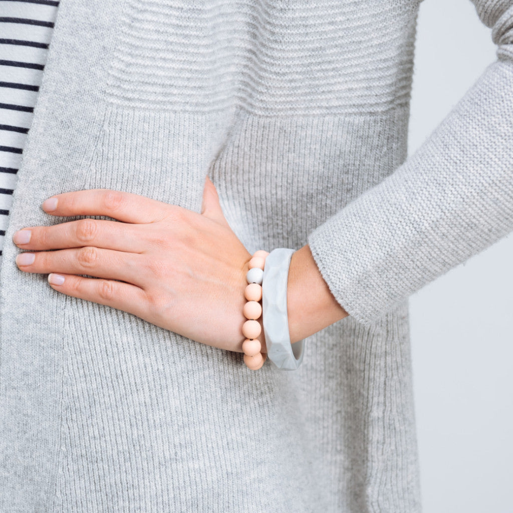 Geometric & Beaded Teething Bracelet - Marble & Peach