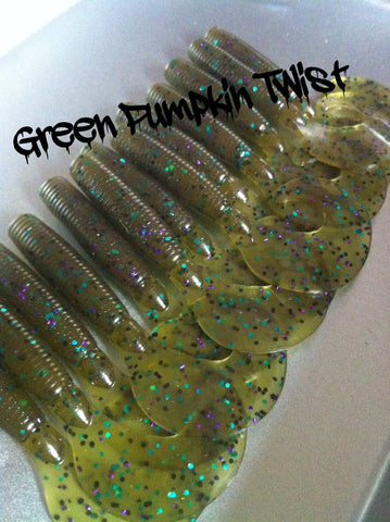 "KLM Worms 3"" Buddy Love Grub - Green Pumpkin Twist 8/pack"