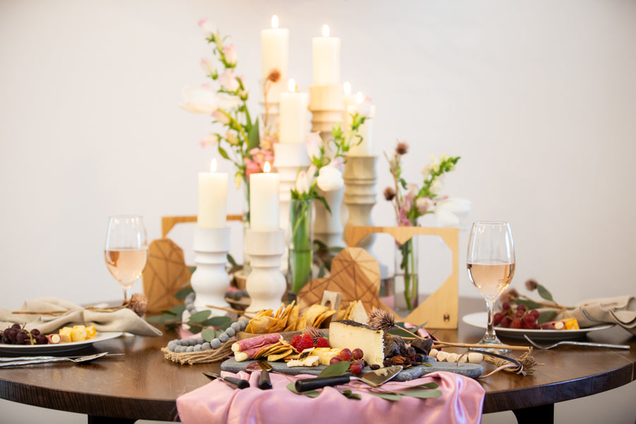 How To Create A Romantic Table For Two
