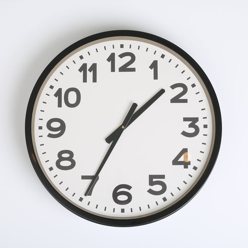 Black & White Clock