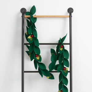 Felt Holly Berry Garland