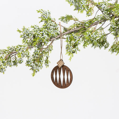 Round Laser Cut Ornament without dots