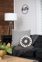 Round Flower Pillow-Black&White
