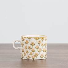 Button Flower Mug