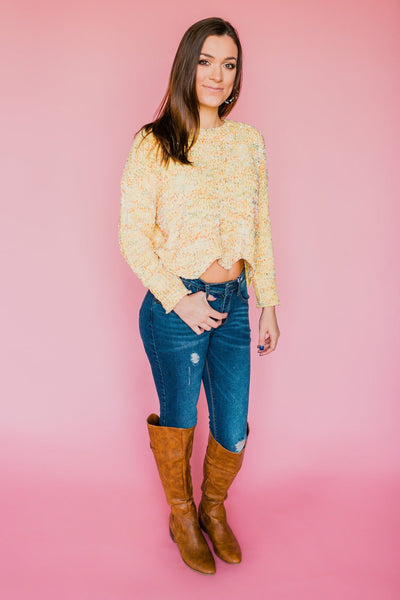 *Scalloped Hem Chunky Sweater- Light Yellow